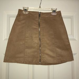 Tan suede skirt with front zipper